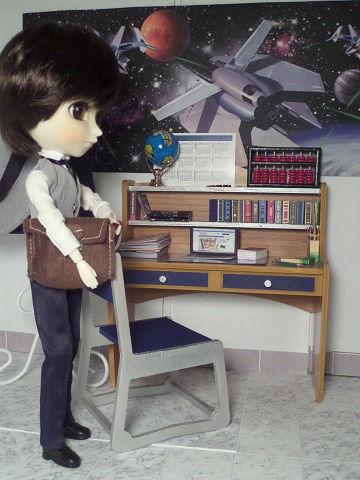 Diorama bureau fauteuil 1/6ème Minicréa